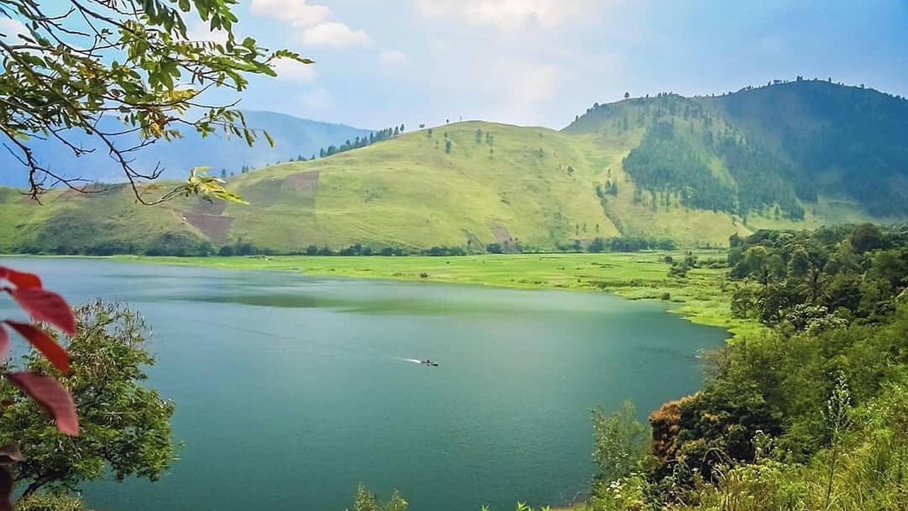 Danau Terindah di Indonesia yang Harus Kamu Kunjungi
