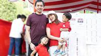 Ayu Dewi (Dok.Instagram/@mrsayudewi/https://www.instagram.com/p/BwVw_C3B8Zo/Komarudin)