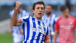 1. Mikel Oyarzabal (6 gol) - Penyerang berusia 23 tahun ini tampil menawan bersama Real Sociedad di kompetisi Liga Spanyol awal musim ini. Mikel Oyarzabal telah menyumbangkan 6 gol dari 9 laganya. (AFP/Ander Gillenea)