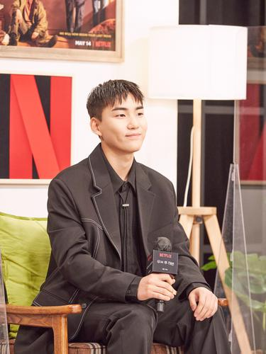 Tang Jun Sang dalam konferensi pers Move to Heaven. (Foto oleh: Netflix)