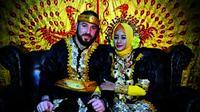 Warganet dihebohkan dengan pria Turki menikahi gadis Bugis di Desa Horongkuli, Kecamatan Toari, Kabupaten Kolaka, Sulawesi Tenggara. (Capture: Facebook/Istimewa/Liputan6.com/Apriawan)