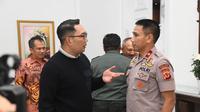 Gubernur Jabar Ridwan Kamil menggelar Rakor Pencegahan dan Penanganan Covid-19 bersama unsur Forum Komunikasi Pimpinan Daerah (Forkopimda) Jabar di Gedung Pakuan, Kota Bandung, Rabu (4/3/20) malam WIB.