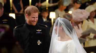[Bintang] Meghan Markle dan Pangeran Harry