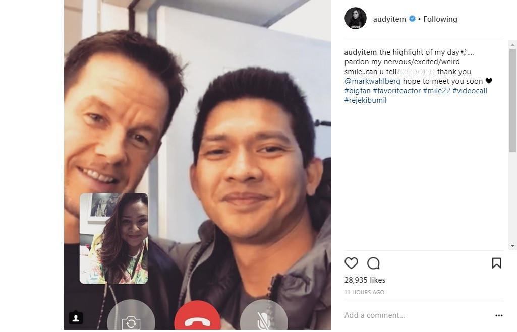 Audy Item deg-degan video call dengan Mark Wahlberg (Foto: Instagram)