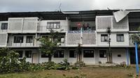 Salah satu bagian Kampus APMD di kawasan Timoho, Gondokusuman, Yogyakarta, yang terkena dampak angin puting beliung. (Foto: Istimewa/KRJogja.com)