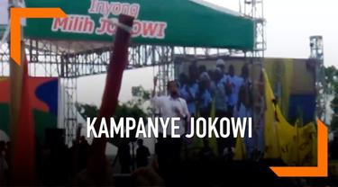 Calon Presiden petahana Joko Widodo melakukan kampanye di Banyumas, Jawa Tengah. Jokowi mempromosikan tiga kartu sakti sekaligus meminta warga memerangi hoaks.