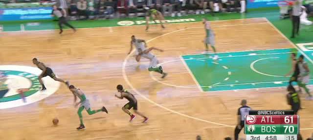 Berita video game recap NBA 2017-2018 antara Atalanta Hawks melawan Boston Celtics dengan skor 112-106.