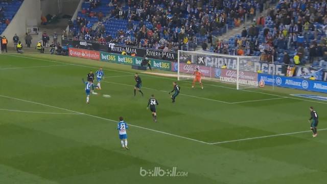 Berita video gol Espanyol dalam highlights kemenangannya atas Real Madrid 1-0 dalam lanjutan La Liga 2017-2018. This video presented by BallBall.