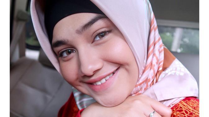 Potret Syifa Hadju saat Pakai Hijab. (Sumber: Instagram.com/syifahadjureal)