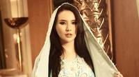 Pesona Jelita Fitria Anak Yusuf Hamka yang Jadi Mualaf (Sumber: Instagram//fitriayusuf_official/)