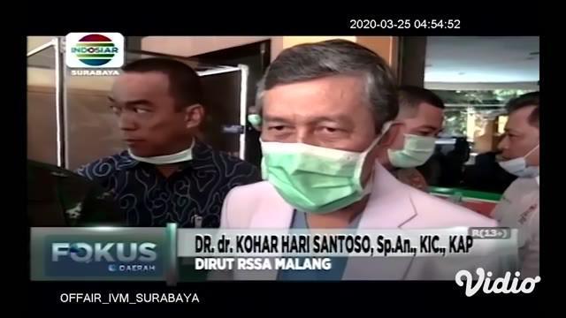 Seorang pasien positif corona Covid-19 di Kota Malang dinyatakan sembuh total. Pasien yang dirawat di RS Saiful Anwar (RSSA) Malang ini bahkan sudah sejak tiga hari lalu diizinkan pulang tapi tetap diawasi tim medis secara berkala.