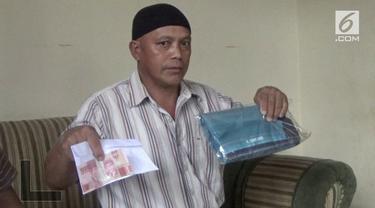 Warga Kotamobagu kaget saat menerima bingkisan THR yang diduga mengandung muatan money politic jelang pemilihan wali kota.