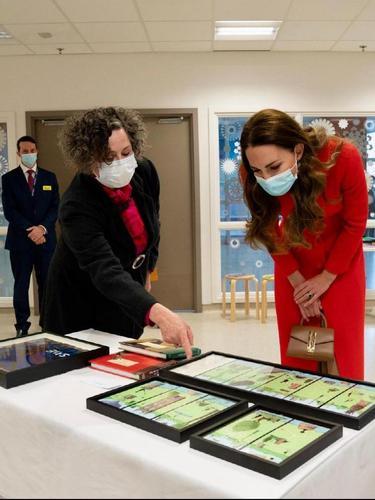 Tampilan Kate Middleton Bernilai Nyaris Rp100 Juta Saat Promosi Buku Fotografinya
