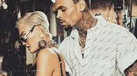Agnez Mo dan Chris Brown (Foto: Instagram/chrisbrownofficial)