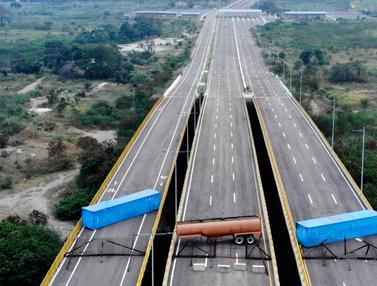 Tolak Bantuan, Militer Venezuela Blokade Perbatasan dengan Kolombia