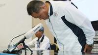 Chief de Mission Komite Olimpiade Jepang (JOC,) Yasuhiro Yamashita, lega skandal seks empat pebasket tak memengaruhi prestasi atlet lainnya di Asian Games 2018. (AFP/Jiji Press)