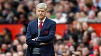 1. Arsene Wenger - Selepas hengkang dari Arsenal, Sang Profesor kini tak sedang melatih klub manapun. Pria yang merupakan rival berat pelatih legendaris MU, Sir Alex Ferguson ini menyatakan siap untuk menggantikan posisi Solskjaer. (AFP/Paul Ellis)