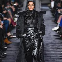 Simak pesona para model berhijab yang warnai industri kecantikan dunia (Foto: Halima Aden/ Instagram)