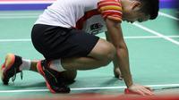 Tunggal putra Indonesia, Anthony Sinisuka Ginting, takluk dari pemain Jepang, Kento Momota, pada semifinal Piala Sudirman 2019 di Nanning, China, Sabtu (25/5/2019). (PBSI)