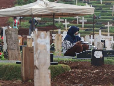 Penuh, TPU Pondok Ranggon Hanya Layani Pemakaman Jenazah Protap COVID-19 Muslim dengan Sistem Tumpang