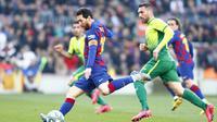 Lionel Messi mencetak empat gol saat Barcelona mengalahkan Eibar 5-0 pada pekan ke-25 Liga Spanyol di Camp Nou, Sabtu (22/2/2020).(AP Photo/Joan Monfort)