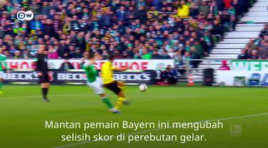 Berita video striker Werder Bremen yang juga mantan pemain Bayern Munchen, Claudio Pizarro, membuat Borussia Dortmund harus bermain imbang 2-2 pada pekan ke-32 Bundesliga 2018-2019 di Weserstadion, Sabtu (4/5/2019).