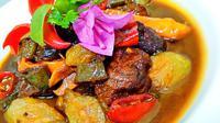 Asem-Asem Daging (dok. Aston Inn Pandanaran Semarang/Putu Elmira)