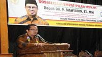 Wakil Ketua MPR RI Mahyudin mengingatkan agar selalu menjaga persatuan bangsa lewat Pancasila dan Bhinneka Tunggal Ika. Untuk itu, Mahyudin mengingatkan untuk tidak mempertentangkan perbedaan.