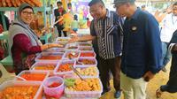 Penyelenggaraan bazaar ramadan wonderfood Batam makin variatif. (foto: Liputan6.com / ajang nurdin)