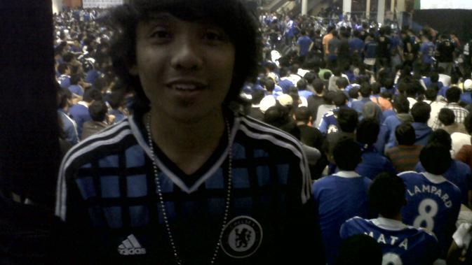 Suasana nonton bareng final Liga Champions 2011-2012 antara Bayern Munchen melawan Chelsea di Epicentrum Walk, Jakarta. (Bola.com/Zulfirdaus Harahap)