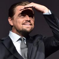 Kisah cinta aktor tampan Leonardo DiCaprio kembali tersorot. Setelah mengakhiri hubungannya dengan Nina Agdal, seorang model cantik, kini pria yang akrab disapa Leo belum menemukan tambatan hatinya lagi. (AFP/Bintang.com)