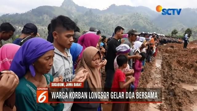 Keluarga korban selamat dan warga di sekitar lokasi bencana tanah longsor, gelar doa bersama untuk korban longsor Sukabumi.