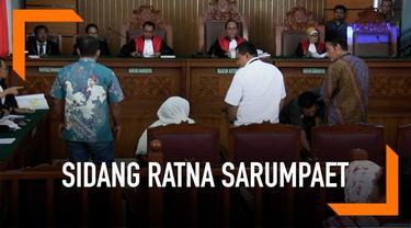 Nanik S Deyang adalah Wakil Ketua BPN Prabowo-Sandi, ia hadir dalam sidang Ratna Sarumpaet sebagai saksi.