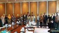 Focus Group Discussion (FGD) mempertajam riset mengenai potensi Pakistan sebagai hub bisnis minyak sawit Indonesia. (Foto: Dok KBRI Islamabad)