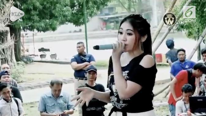 download mp3 kemarin versi dangdut koplo