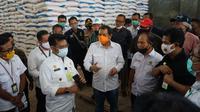 Menteri Pertanian (Mentan) Syahrul Yasin Limpo melakukan kunjungan ke gudang Pupuk Kujang dan Petrokimia Gresik (Dok: Pupuk Kujang)