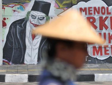 Mural Tolak RUU KUHP Terpampang di Rawamangun