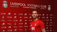 Adrian menjadi rekrutan ketiga Liverpool musim panas ini. (Twitter Liverpool)