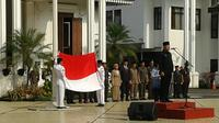 Walikota Bogor Bima Arya Sugiarto mengatakan, terputusnya tali bendera itu bukan kesalahan Paskibraka, melainkan kesalahan teknis.