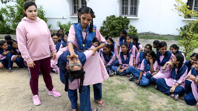 Marak Pelecehan Seksual, Para Siswi di India Semangat Berlatih Bela Diri
