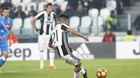 Striker Juventus, Paulo Dybala kala cetak gol lewat penalti ke gawang Napoli (Foto: Juventus FC)