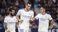 Gareth Bale. Sayap Real Madrid ini mengikat kontrak terbaru selama 6 tahun dengan Los Blancos sejak 2016/2017 dan akan habis akhir musim 2021/2022 ini. Total 8 musim, ia telah tampil dalam 254 laga di semua kompetisi dengan mencetak 106 gol dan 68 assist. (AFP/Jose Miguel Fernandez)