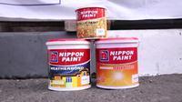 Terdapat tiga warna pilihan dari Nippon Paint.