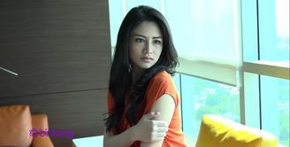 Menjadi Runner Up Miss Celebrity Indonesia 2015, Nina Jane Bustan sudah memiliki sebuah strategi dalam karirnya nanti. Untuk awal karirnya, ia akan mencoba segala bidang di dunia hiburan.