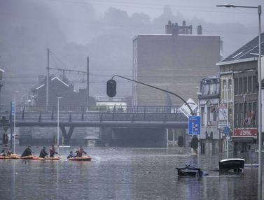 Penampakan Banjir Besar di Belgia