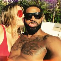 Di hari Valentine, Khloe Kardashian mengungkapkan bahwa ia yakin Tristan Thomspon adalah jodohnya. (instagram/khloekardashian)