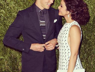 Vanessa Hudgens merayakan hari Valentine ke-6 bersama dengan Austin Bustler. Duh romantis banget, ya! (instagram/vanessahudgens)