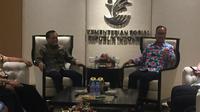 Grup Elang Mahkota Teknologi atau EMTEK bersilaturahmi dengan Kementerian Sosial Republik Indonesia. (Liputan6.com/Radityo Priyasmoro)