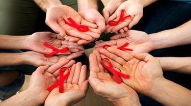 Ketahui Cara Penularan HIV Dari yang Umum sampai Tak Terduga