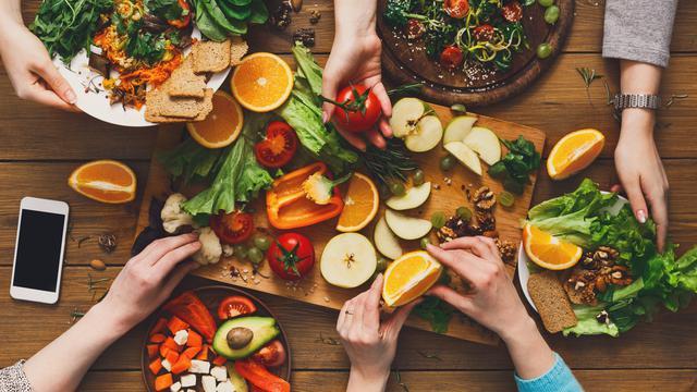 Ilsutrasi Vegan dan Vegetarian